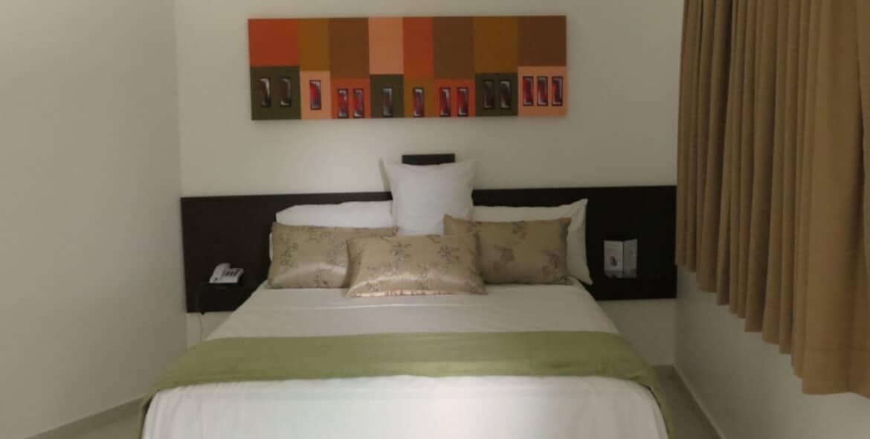 Suíte Empresarial no Jequitiara Hotel em Itaobim MG